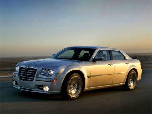 Chrysler 300C 2.7 V6 lateral