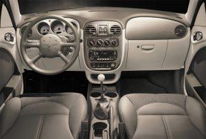 chrysler-pt-cruiser-interior-2